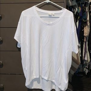 Gap white T-shirt